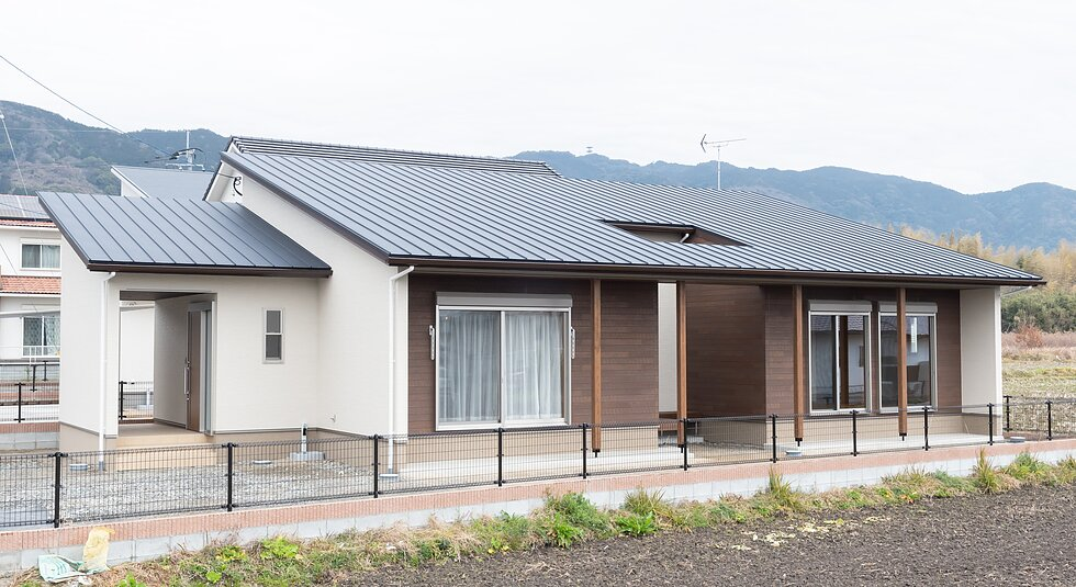 <佐賀市注文住宅:H様邸>木のぬくもり感じる平屋の家のイメージ