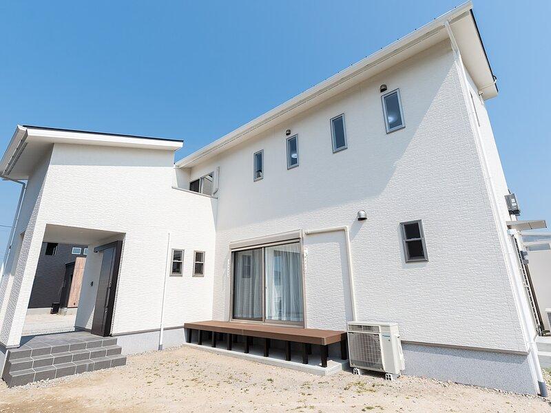 <佐賀市注文住宅:N様邸>デザイン×自然素材住宅