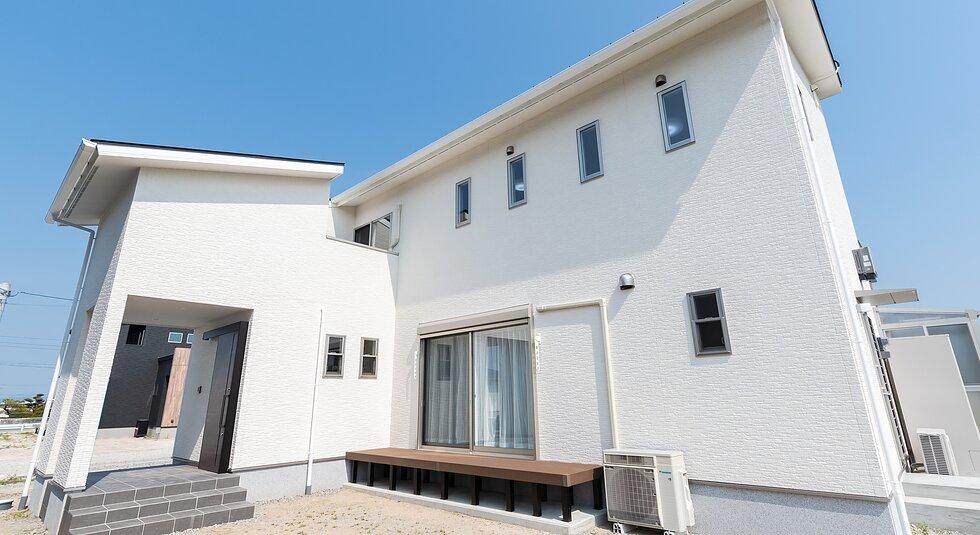 <佐賀市注文住宅:N様邸>デザイン×自然素材住宅のイメージ