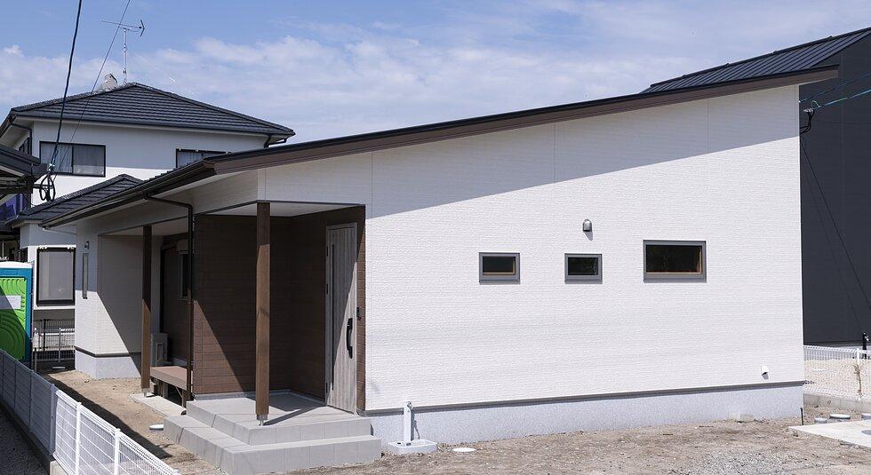 <佐賀市注文住宅:H様邸>自然素材の収納がある家のイメージ