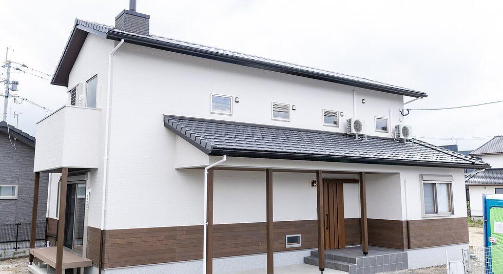 <佐賀市注文住宅:K様邸>薪ストーブのある温かな家のイメージ